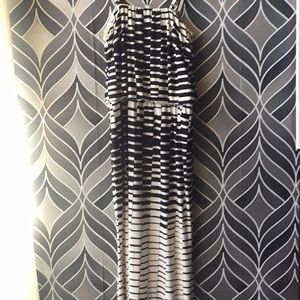 Maxi dress optional strapless, geometric design